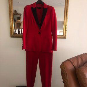 Escada Pant Suit Size 32 Red Black Lapels